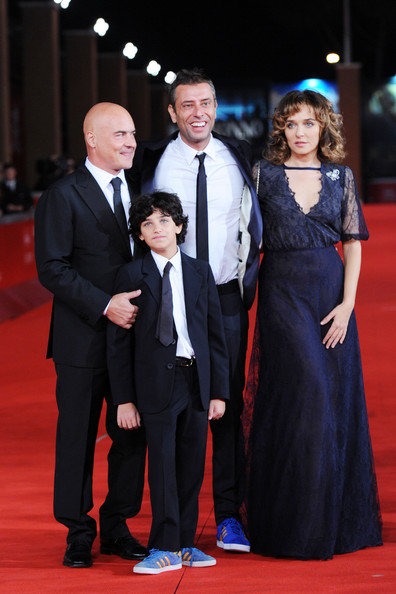 """La Kryptonite Nella Borsa"" And ""Dead Man Talking"" Premiere - Rome Film Fest [la kryptonite nella borsa,red carpet,carpet,suit,event,premiere,formal wear,flooring,dress,fashion,tuxedo,valeria golino,ivan cotroneo,luigi catani,luca zingaretti,writer,rome,italy,dead man talking premiere - 6th international rome film festival,dead man talking premiere during the 6th international rome film festival]"