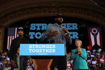 J.R. Smith Hillary Clinton Campaigns in Crucial States Ahead of Tuesday's Presidential Election