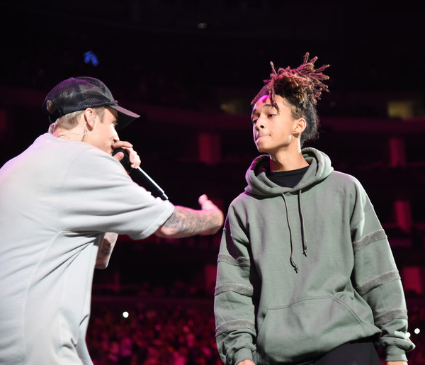 is justin bieber dating jaden smith Kylie jenner is dating jaden smith by zach johnson march 4, 2013 opposite his famous dad will smith — was in town to celebrate his pal justin bieber's 19th.