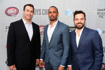 "Jake Johnson Spike TV's ""Guys Choice 2014"" - Red Carpet"