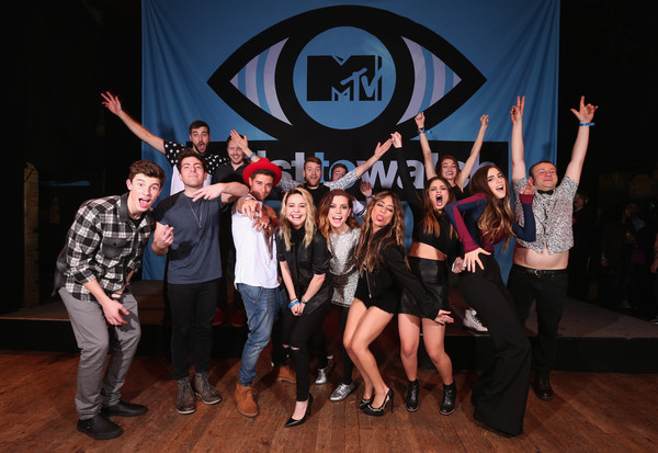 MTV Artists to Watch - Show [misterwives,mtv artists to watch - show,social group,event,team,youth,dance,performance,fun,performing arts,photography,stage,shawn mendes,blum,beatrice miller,ryn weaver,hoodie allen,jake miller,sydney sierota,etienne bowler]