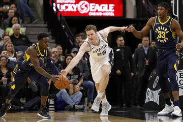 Jakob Poeltl Indiana Pacers vs. San Antonio Spurs
