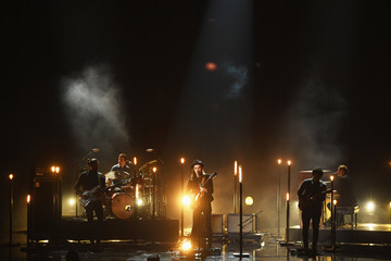 James Bay 2016 American Music Awards - Show