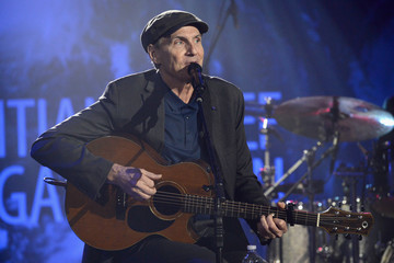 James Taylor SEAN PENN J/P HRO GALA: A Gala Dinner to Benefit J/P Haitian Relief Organization and a Coalition of Disaster Relief Organizations