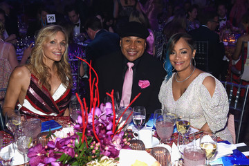 James Todd Smith Breast Cancer Research Foundation Hot Pink Gala Hosted By Elizabeth Hurley - Inside