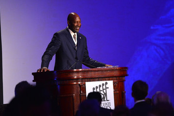 James Worthy 28th Annual Great Sports Legends Benefit Dinner