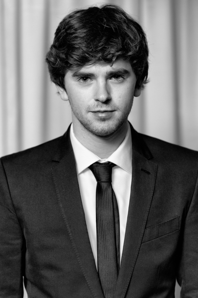 freddie highmore - photo #17