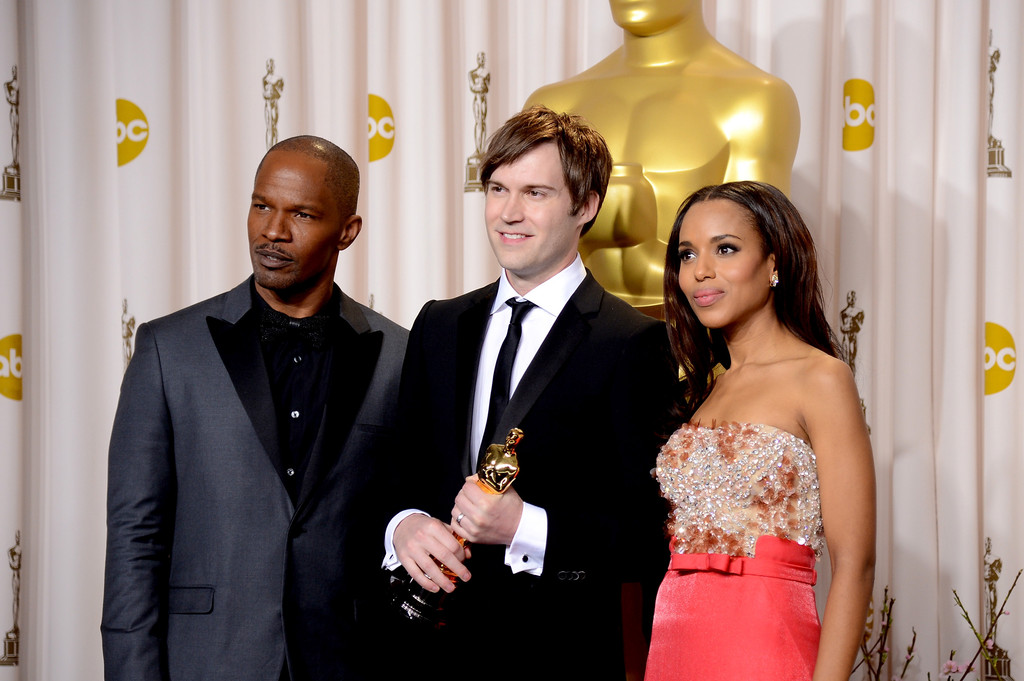 http://www2.pictures.zimbio.com/gi/Jamie+Foxx+85th+Annual+Academy+Awards+Press+1cAs5PixvS9x.jpg