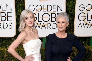 Jamie Lee Curtis 73rd Annual Golden Globe Awards - Arrivals