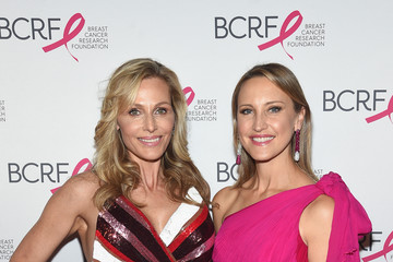 Jamie Tisch Breast Cancer Research Foundation Hot Pink Gala Hosted By Elizabeth Hurley - Arrivals