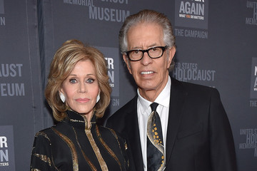 Jane Fonda Richard Perry United States Holocaust Memorial Museum Presents 2016 Los Angeles Dinner: What You Do Matters
