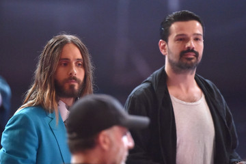 Jared Leto Tomo Milicevic Backstage at the iHeartRadio Music Awards