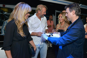 Jason Binn DuJour Magazine Hosts a Star-Studded Party
