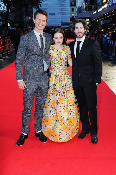 'Men, Women & Children' Premieres in London [red carpet,carpet,premiere,flooring,event,suit,fashion,formal wear,dress,ceremony,jason reitman,ansel elgort,kaitlyn dever,european,odeon covent garden,england,men women children,paramount pictures,premiere,european premiere]