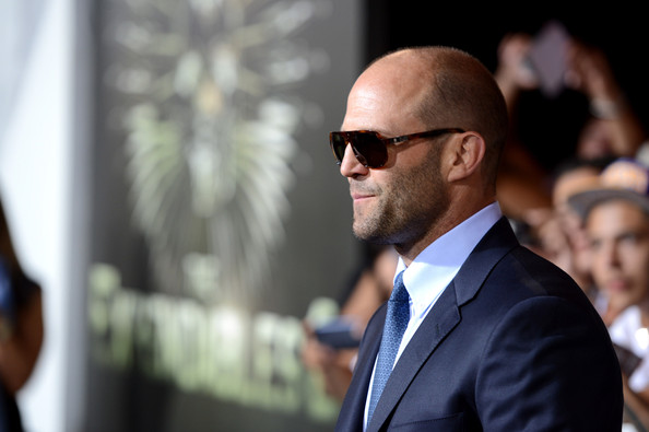 http://www2.pictures.zimbio.com/gi/Jason+Statham+Premiere+Lionsgate+Films+Expendables+ibhhJvrdQQYl.jpg