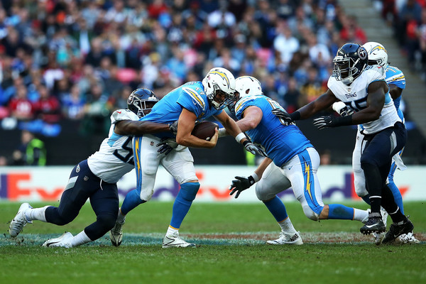 http://www2.pictures.zimbio.com/gi/Jayon+Brown+Tennessee+Titans+vs+Los+Angeles+10HlsCCk3Gyl.jpg