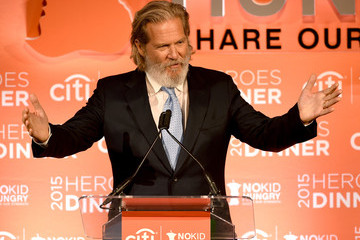 Jeff Bridges No Kid Hungry Benefit Dinner - Inside