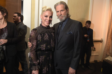 Jeff Bridges 2nd Annual unite4:humanity Presented By ALCATEL ONETOUCH - VIP Greenroom