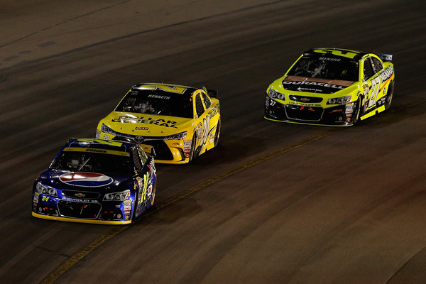 NASCAR Sprint Cup Series Quicken Loans Race for Heroes 500
