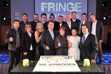 "Jeff Pinkner ""Fringe"" Celebrates 100 Episodes And Final Season"
