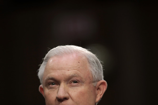 http://www2.pictures.zimbio.com/gi/Jeff+Sessions+Attorney+General+Jeff+Sessions+AQl166Px7zNl.jpg