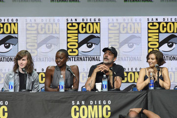 Jeffrey Dean Morgan Comic-Con International 2017 - AMC's 'The Walking Dead' Panel