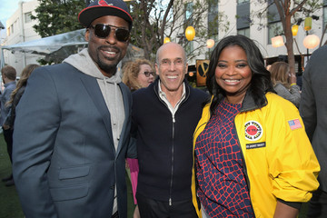 Jeffrey Katzenberg City Year Los Angeles Spring Break