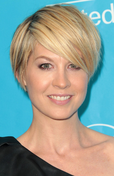 Jenna Elfman - Picture Colection