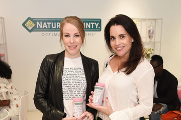 Jenna Leigh Green Nature's Bounty at GBK Production Style Lounge