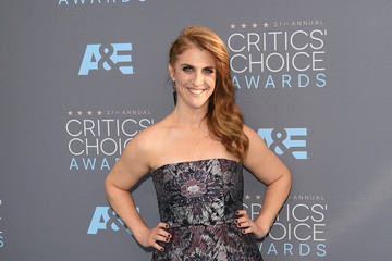 Jennie Snyder Urman The 21st Annual Critics' Choice Awards - Arrivals