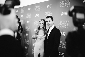Jennifer Aniston An Alternative View of the 21st Annual Critics' Choice Awards