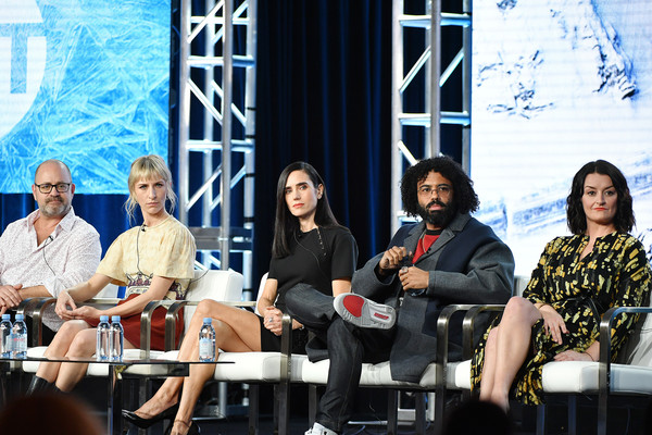 2020 Winter TCA Tour - Day 9 [snowpiercer,social group,event,community,youth,performance,design,team,conversation,convention,tourism,mickey sumner,graeme manson,alison wright,jennifer connelly,daveed diggs,l-r,pasadena,winter tca,segment,daveed diggs,jennifer connelly,alison wright,graeme manson,snowpiercer,actor,television,image,photograph]