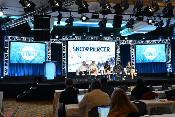 WarnerMedia Winter TCA 2020 - Presentation [snowpiercer,display device,projection screen,stage,convention,technology,multimedia,electronic device,academic conference,event,stage equipment,mickey sumner,graeme manson,jennifer connelly,alison wright,presentation,warnermedia winter tca,l-r,pasadena,segment,display device,public relations,auditorium,convention,multimedia,public,computer monitor]