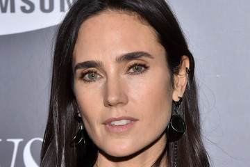 Jennifer Connelly Insi...