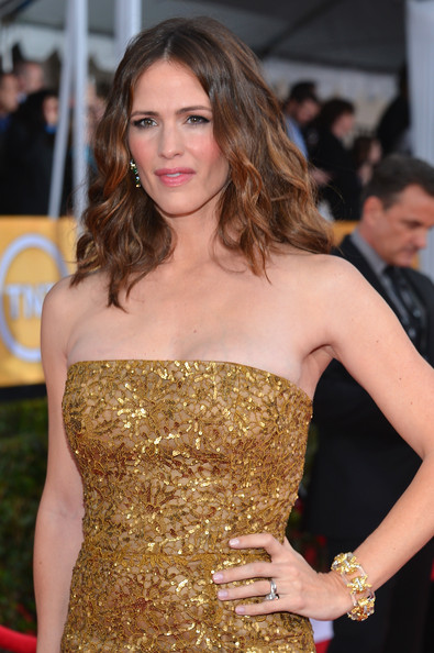 Jennifer Garner - 19th Annual Screen Actors Guild Awards - Red Carpet