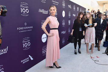 Jennifer Lawrence The Hollywood Reporter's 2017 Women in Entertainment Breakfast - Red Carpet