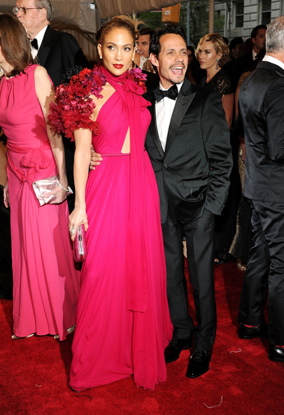 """Alexander McQueen: Savage Beauty"""" Costume Institute Gala At The Metropolitan Museum Of Art - Arrivals  (Jennifer Lopez) Jennifer+Lopez+Alexander+McQueen+Savage+Beauty+wsfcUKwNexCl"""