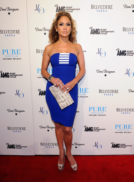Jennifer Lopez - Jennifer Lopez and Maria Menounos at Pure Nightclub