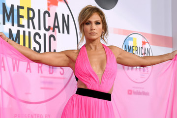 Jennifer Lopez 2018 American Music Awards - Social Ready Content