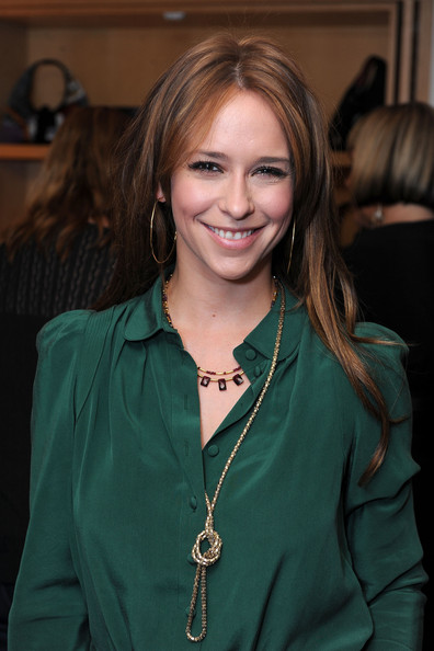 Jennifer Love Hewitt 'bummed' for 'Ghost Whisperer's' Melinda