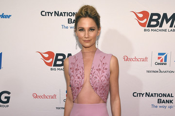 Jennifer Nettles Big Machine Label Group Celebrates the 49th Annual CMA Awards in Nashville - Arrivals
