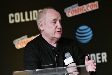 Jeph Loeb Hulu's Runaways Panel at New York Comic Con