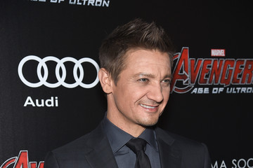 Jeremy Renner The Cinema Society Screening Of Marvel's 'Avengers: Age of Ultron' - Arrivals