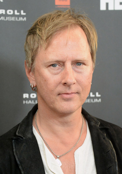 Jerry Cantrell Pictures - Arrivals at the Rock and Roll ... Vanessa Hudgens Dating