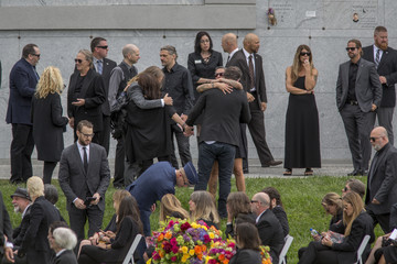 Jerry Cantrell Chris Cornell Is Laid to Rest at the Hollywood Forever Cemetery