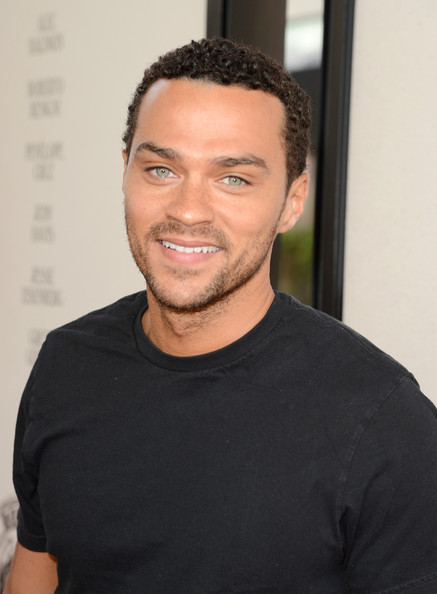 http://www2.pictures.zimbio.com/gi/Jesse+Williams+Film+Independent+2012+Los+Angeles+g3ZV5GcK0OWl.jpg