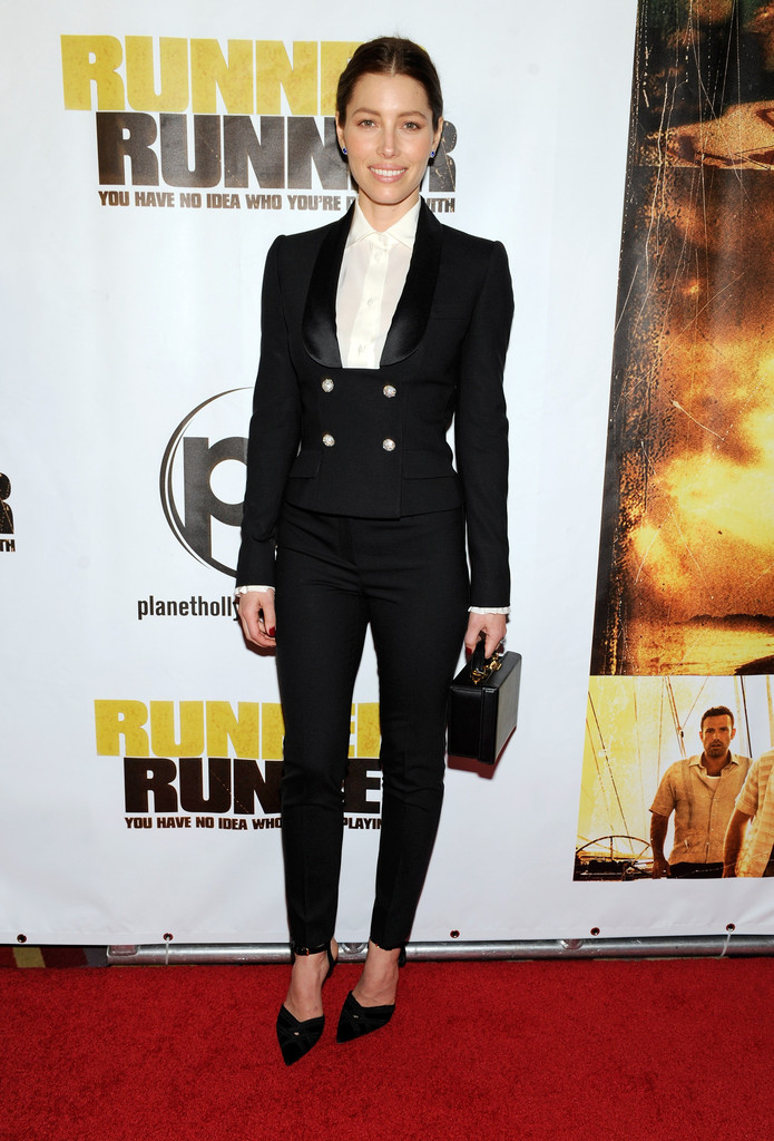 Jessica Biel Shows Us How To Suit Up—The Right Way