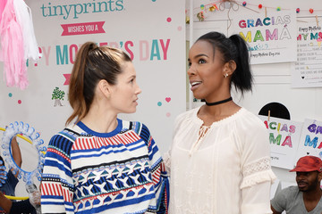 Jessica Biel Tiny Prints Presents rhe Baby2Baby Mother's Day Party
