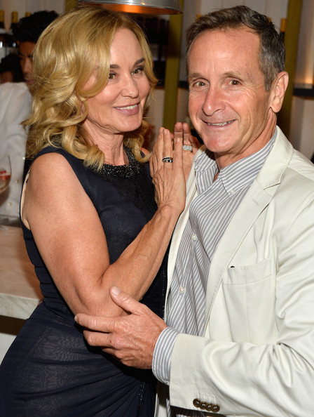 who is jessica lange dating On the queen, jessica lange: i had been at a dinner for project angel food where jessica was presenting an award to someone and (show creator) ryan.