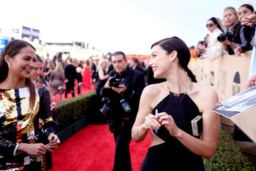 Jessica Paré The 22nd Annual Screen Actors Guild Awards - Red Carpet